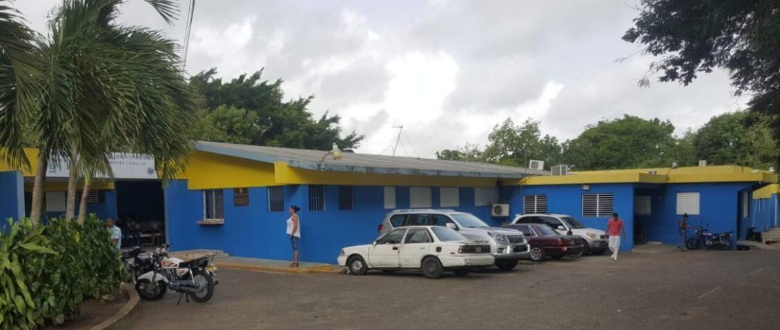 Hospital de Tamboril suspende varios servicios por prevención COVID-19 -  SNS Digital